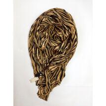 PIECES márkájú nagyméretű tigris  mintás kendő Eredeti ár 17 Euro!