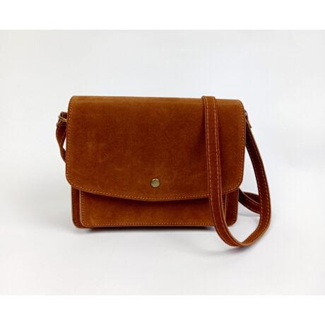 DONATELLA velúr bőr olasz csoki barna különleges táska