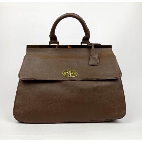 NONO csoki barna nagy praktikus divat táska szép csattal
